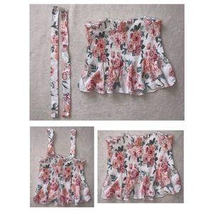✨NWOT✨💛2/20$💛Flowy floral crop top (XS)